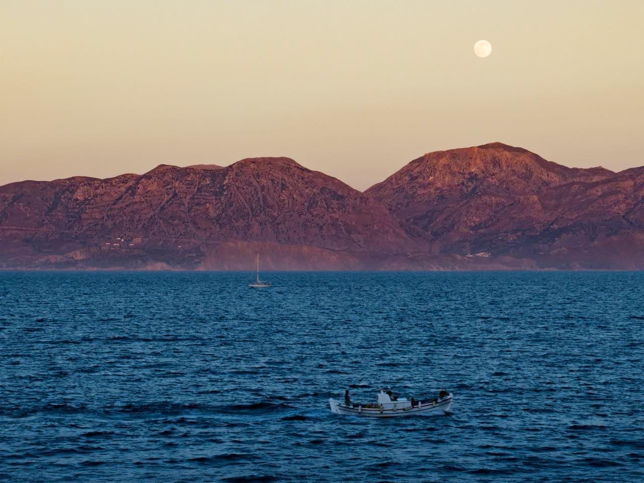 Κalimera from lovely Agios Nikolaos-Crete