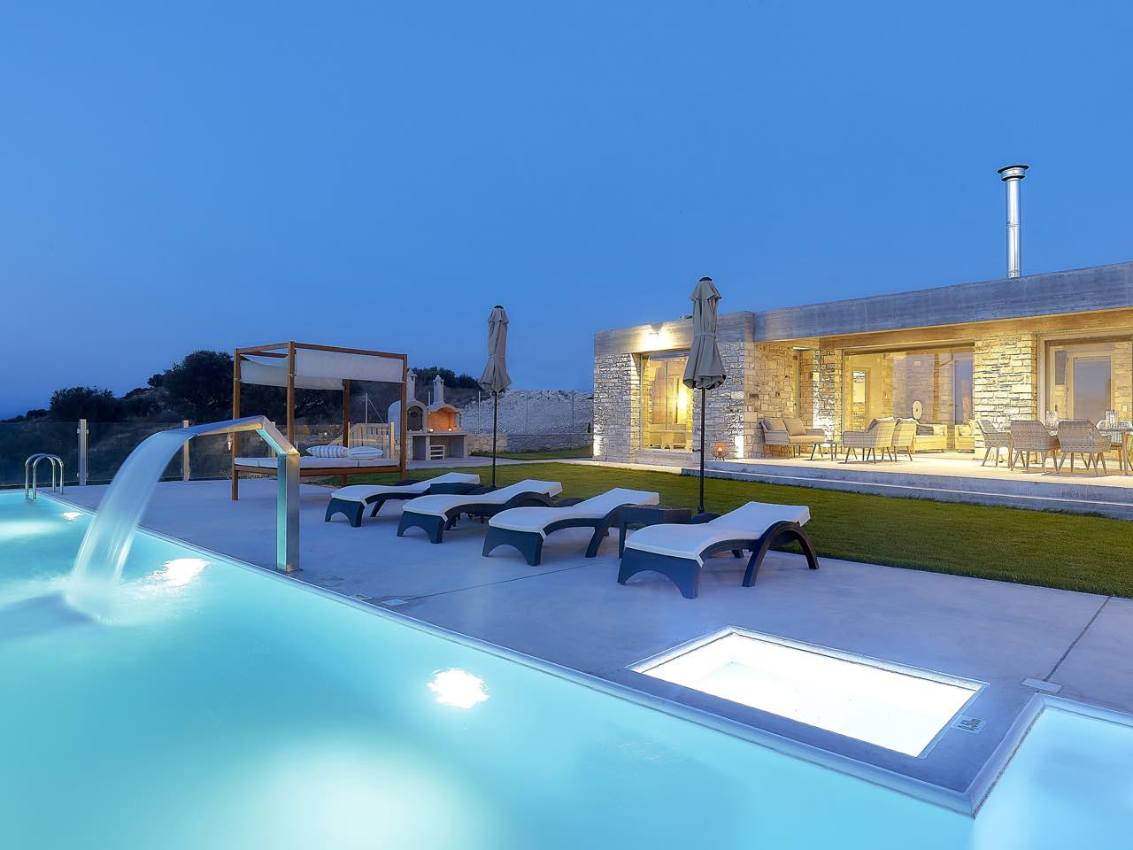 We Welcome Kouros n' Kori Villas At Kamilari Village-Crete