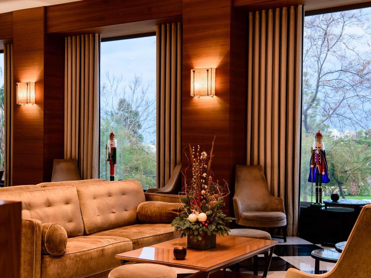 Enjoy Festivities In Style - Aquila Atlantis Hotel