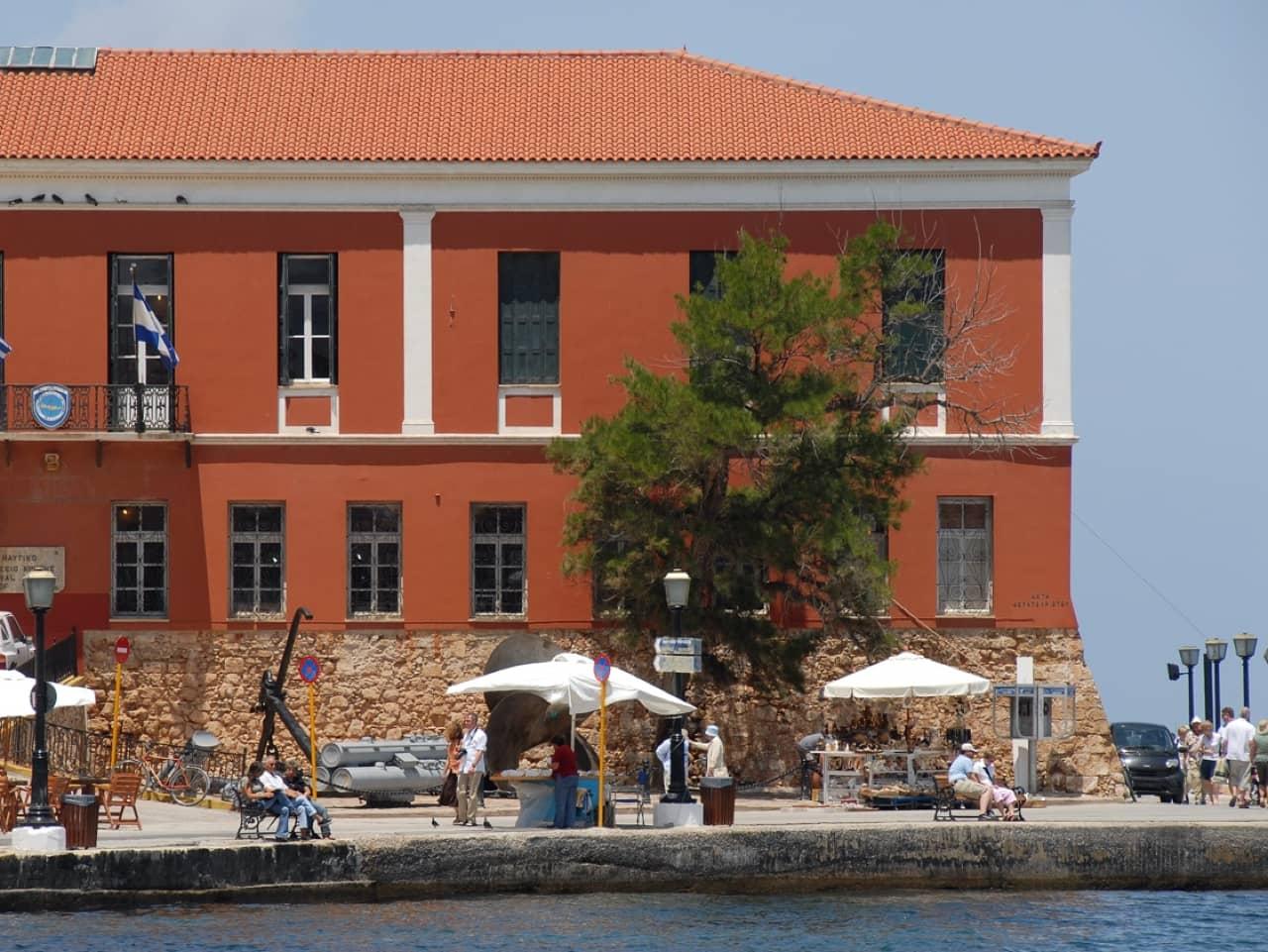 Minoan Lines Mykonos Palace Now Serving Chania-Piraeus
