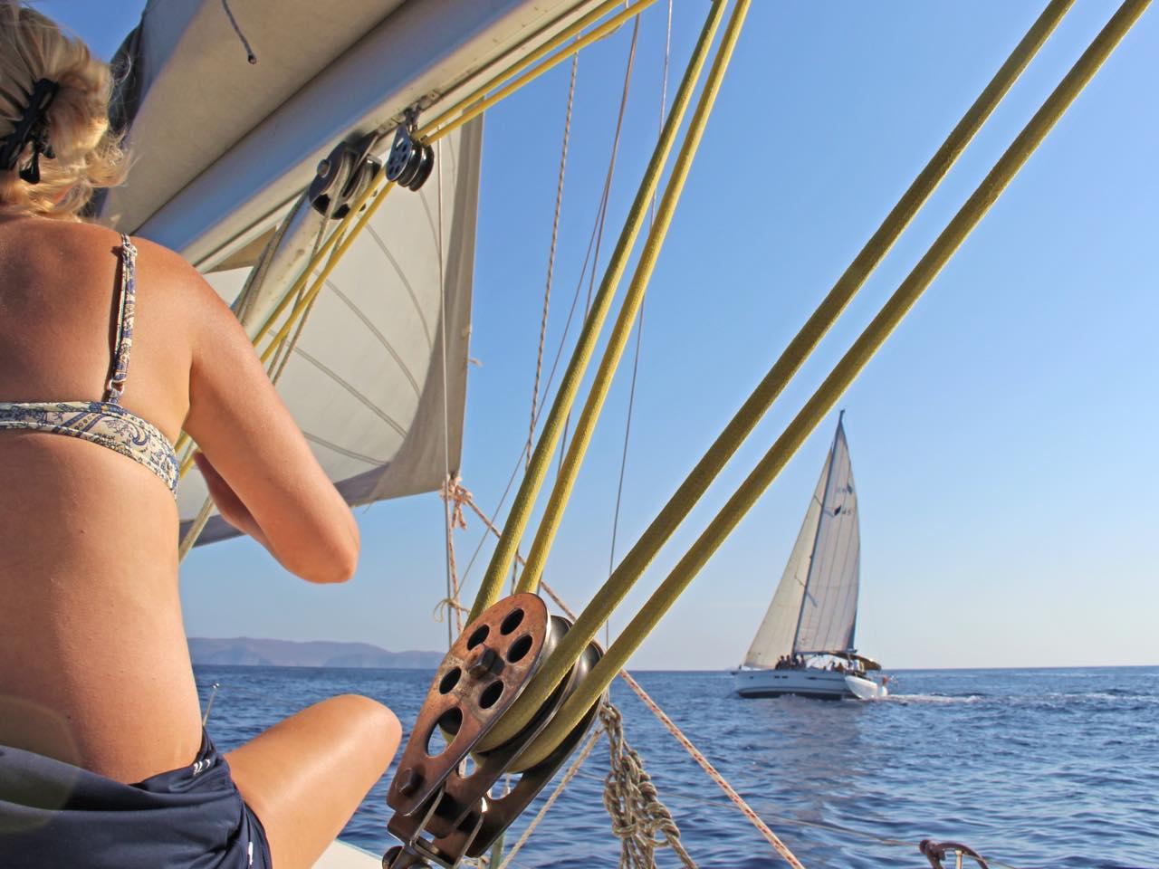 Video Crete Sailing To Dia Island