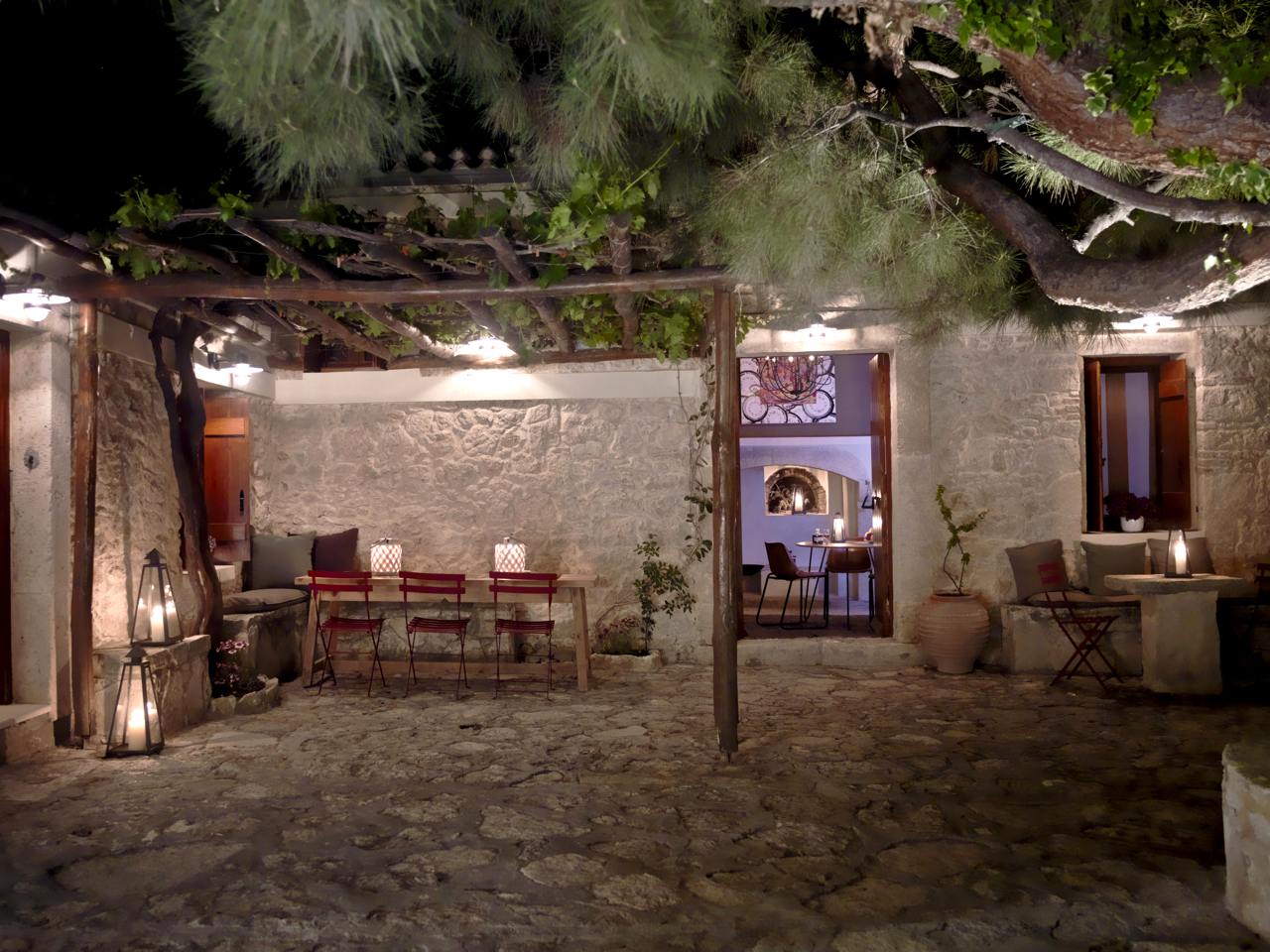 Experience A Luxurious Stay At Scalani Hills In Heraklion of Crete