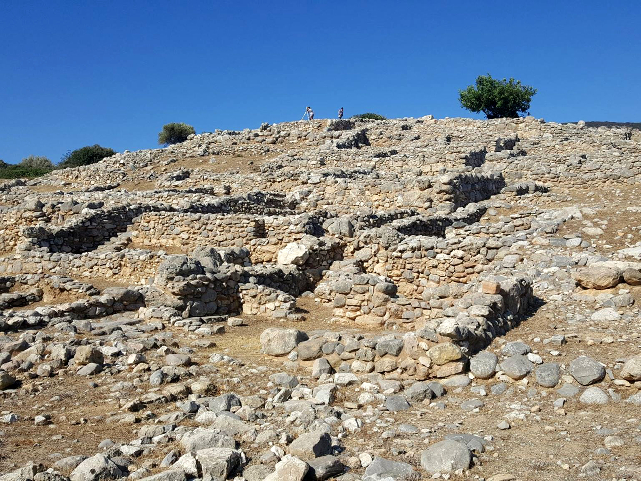 I Know A Place Where There Are A Lot Of Old Things - The Minoans Of Crete