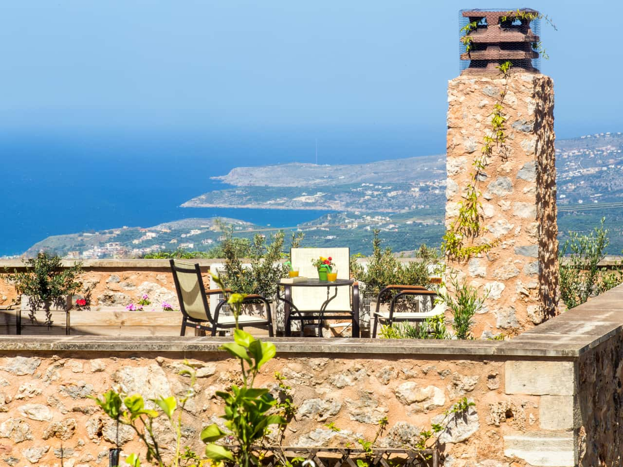 Guest Review - Stay In Crete Abelos Villa, Samonas, Belmondo Hotel