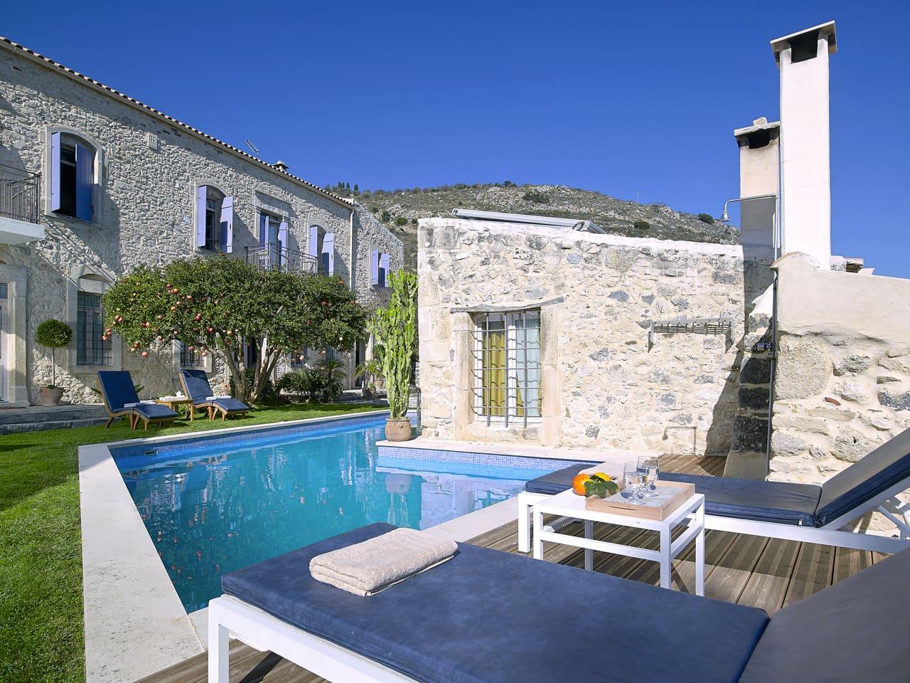 Villa Kerasia Inn - Your Home Away From Home