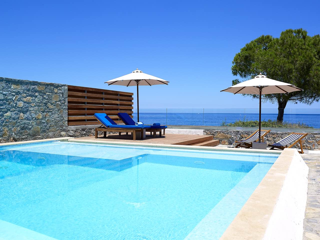 25% Mid Summer Hot Deal At St Nicolas Bay Hotel - Agios Nikolaos - Crete