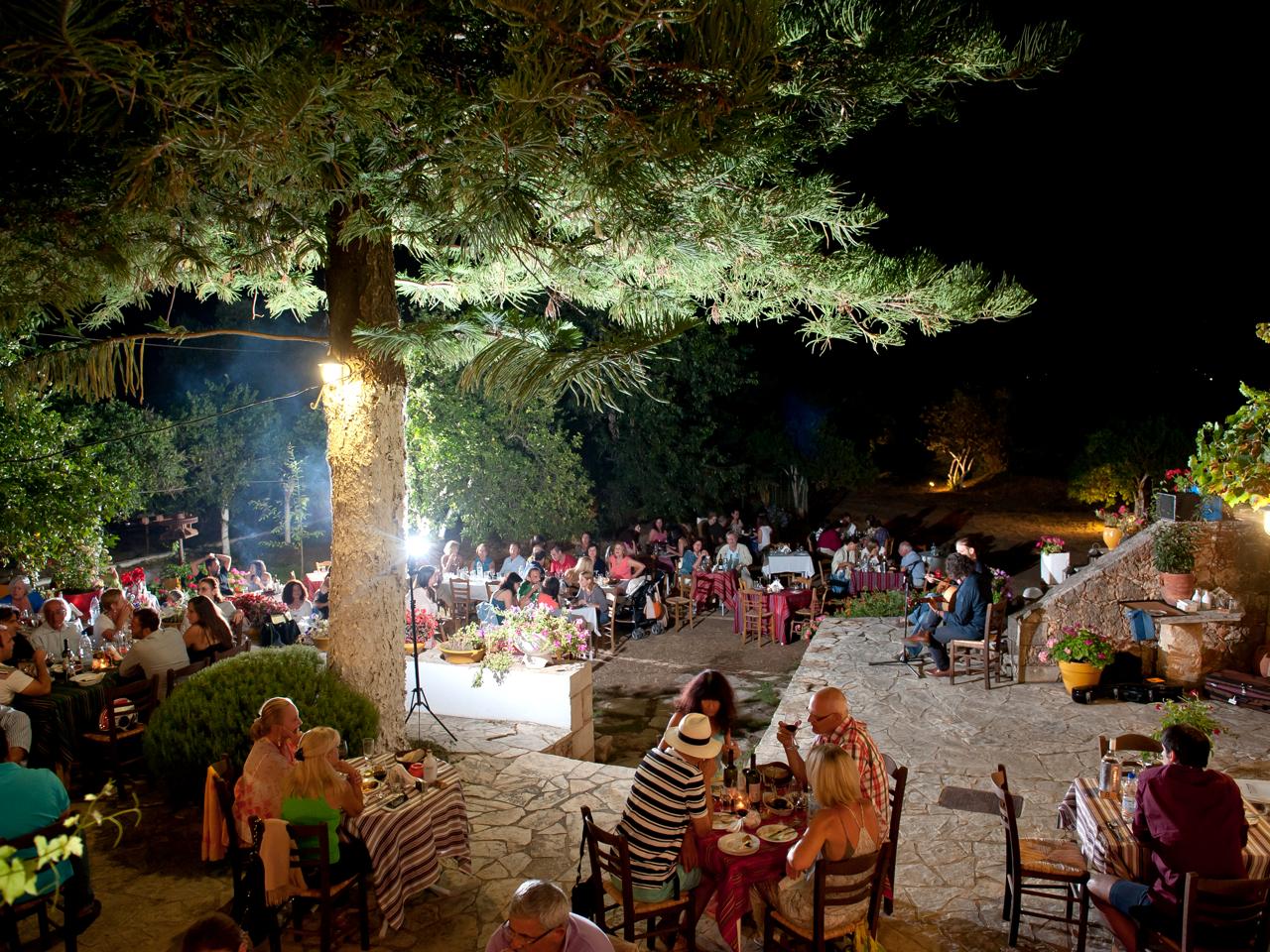 Music Nights At Manousakis Winery - Vatolakos Chania Crete