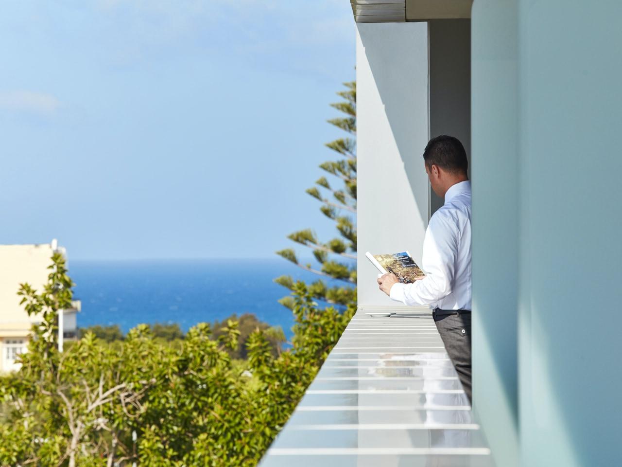 Galaxy Hotel In Heraklion Crete - Your Best Option To Explore Heraklion & Knossos Minoan Palace