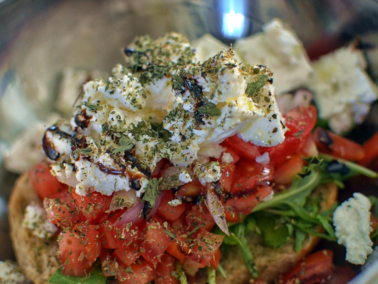 The Cretan Dakos, Healthy & Delicious