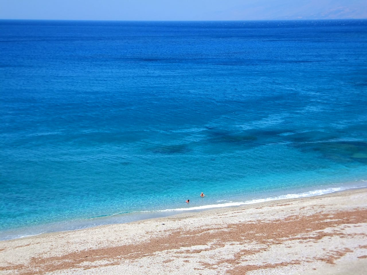 CNT- Greece's Beaches Among Europe's Best for 2020