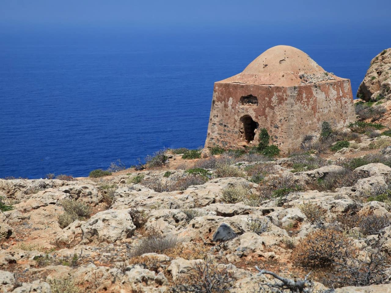 The Castle Fort Of Gramvousa & The Shipwreck