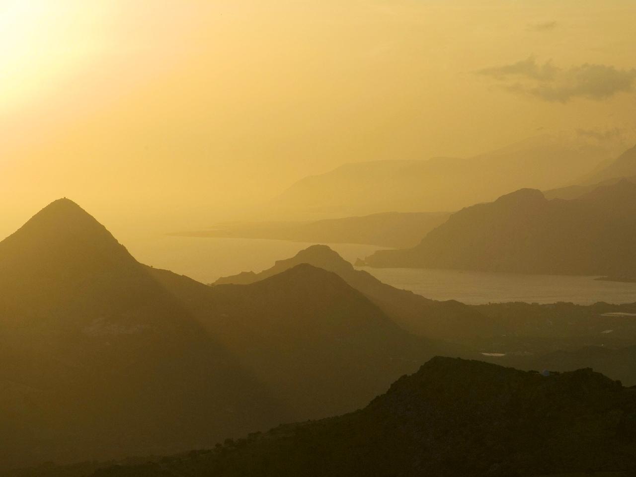 We Love Our Topos - Crete