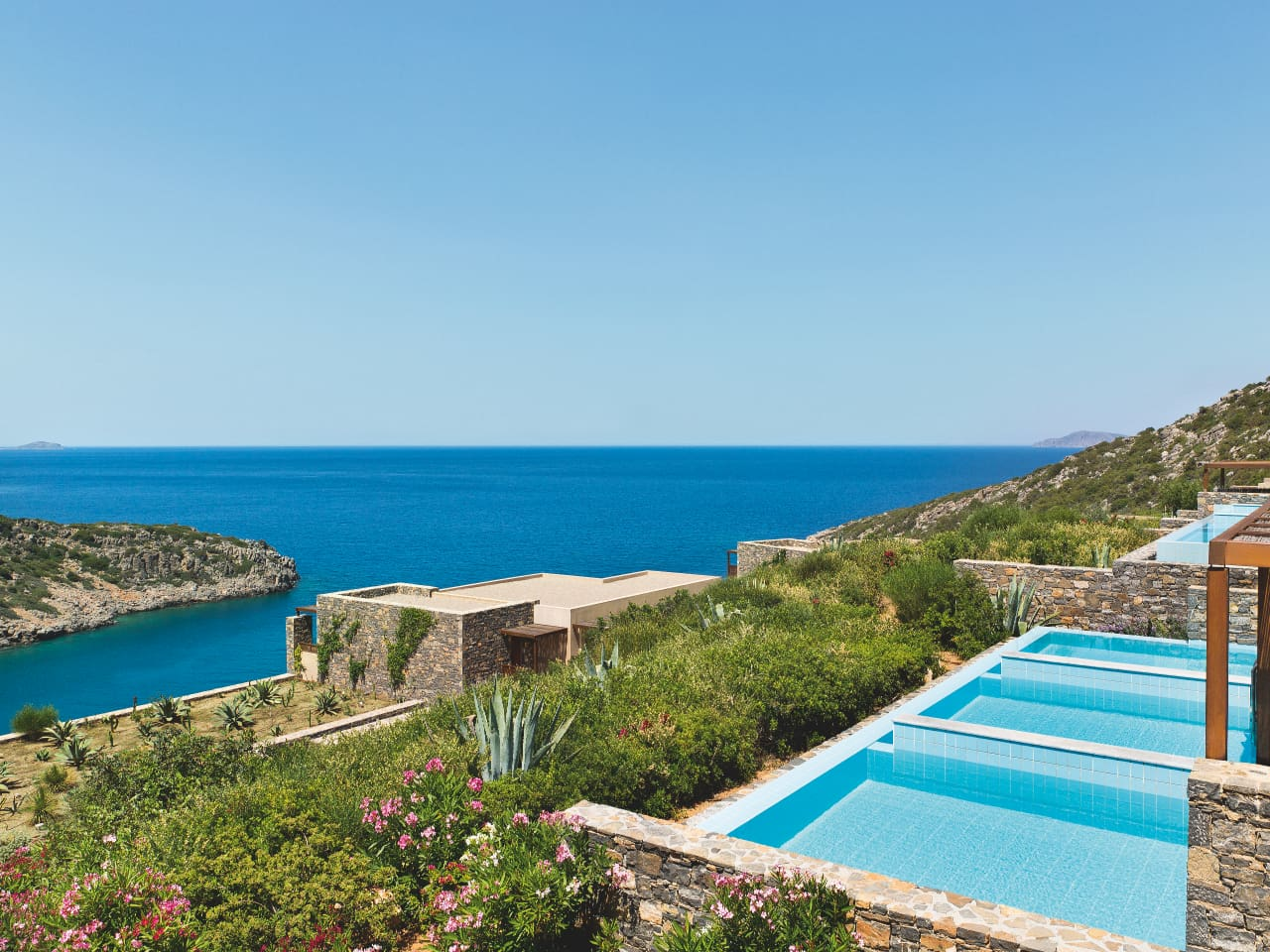 Daios_Cove_Luxury_Resort_&_Villas_enjoy_the_relaxation_mode