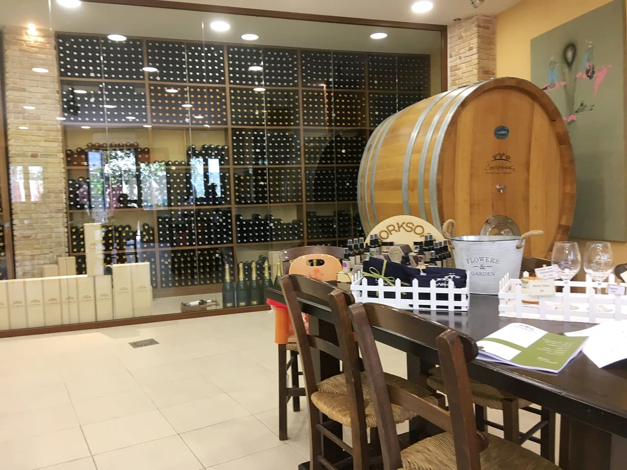 douloufaks winery dafnes heraklion crete, wine tasting heraklion crete, best winery heraklion area, Cretan indigenous varieties, Cretan vineyards, doloufakis winery iraklion crete, activities heraklion crete, things to do nearby heraklion, wineries crete