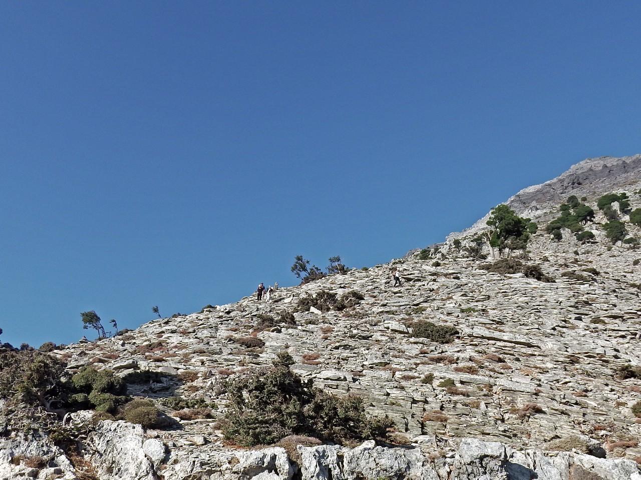 Psiloritis - Guristi Mountain Hiking Trip, hiking trips crete, best activities crete, E4 europe path crete greece, hiking trekking crete