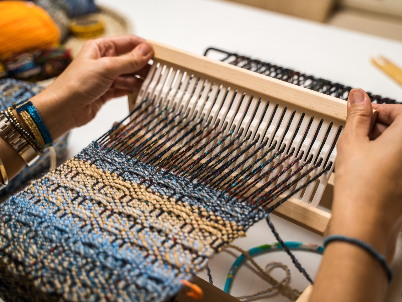 weaving workshop beginners crete, weaving workshop rethimno, rethymno weaving workshop, klotho weaving workshop rethymno crete, long-lived art of weaving, contemporary design weaving, activities rethimno crete, best activity rethymno crete