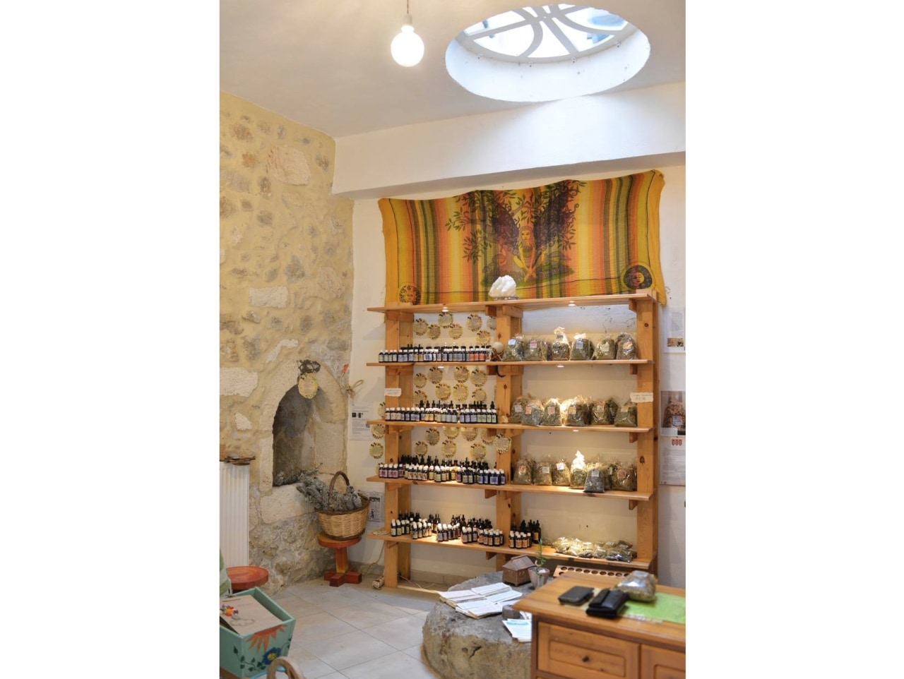 marianna's workshop maroulas village crete, health and balance shop crete, herbal teas maroulas village, natural extracts in oil maroulas rethimno, tinctures maroulas rethymno, natural organic creams maroulas village crete, herbs of crete