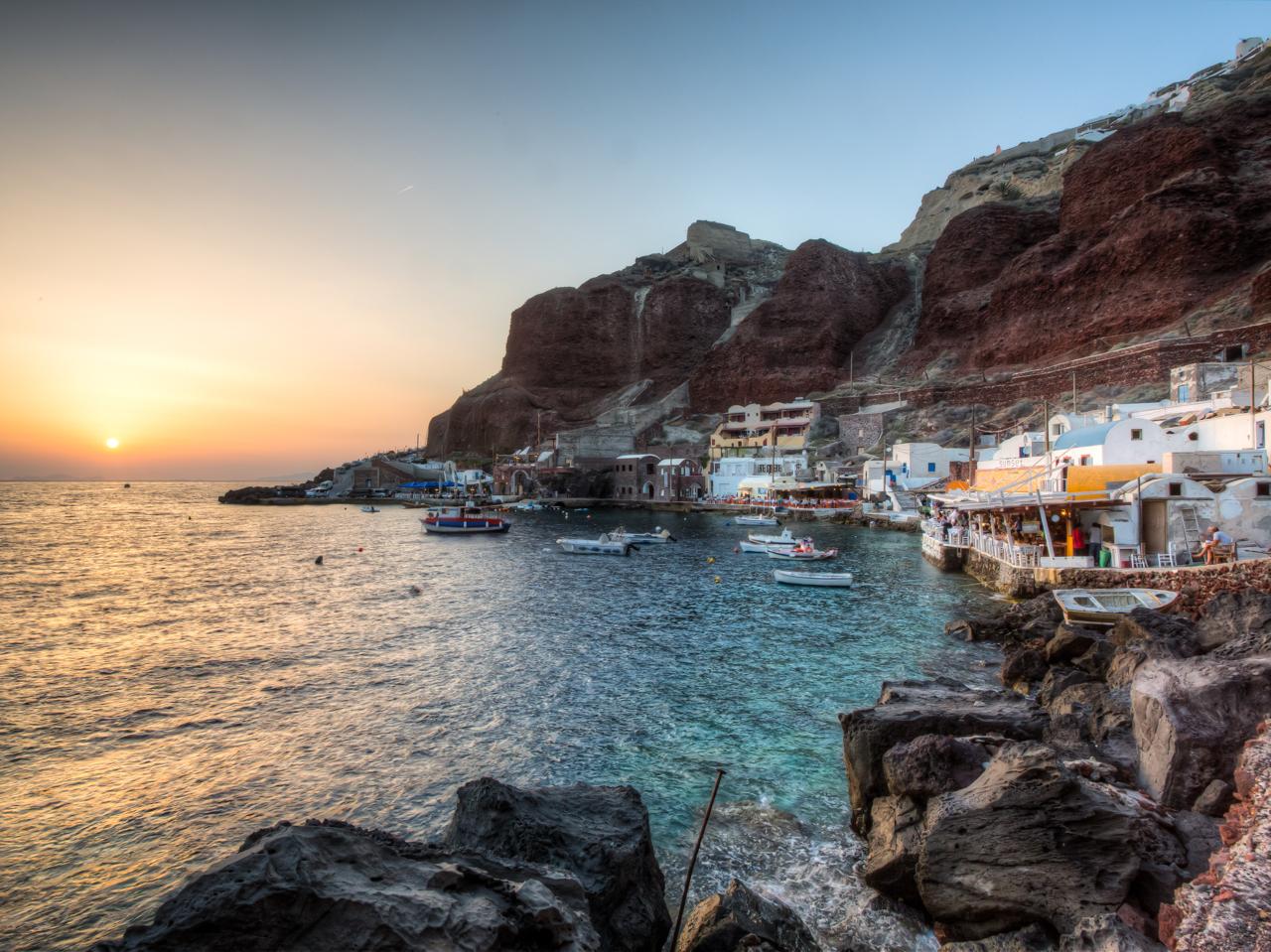 One Day Tour to Santorini from Rethymnon With Paros Jet, visit santorini from crete, best tour to santorini from rethimno tour, ferry to santorini rethimno, ferry to santorini rethymno crete, best option to visit santorini one day