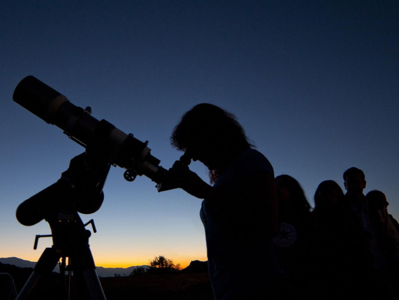 Starry Nights In Crete, gaze stars discover universe Crete, stars gazing crete, astronomy tour crete, telescope tours crete, stargazing heraklion crete, star parties crete, best stargazing tour crete, constellations in the sky, cretan local astronomer