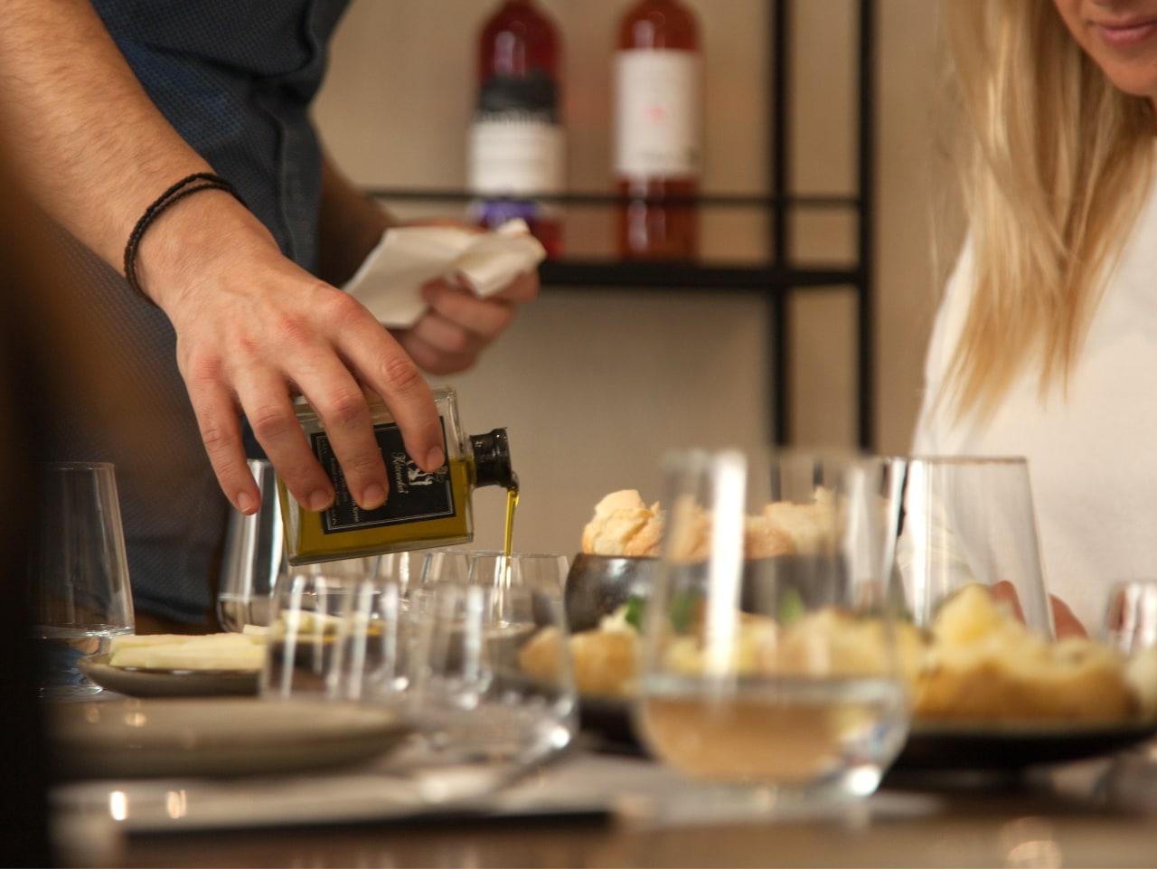 olive oil tasting workshop heraklion crete, olive oil tasting iraklion crete, olive oil activity heraklion crete