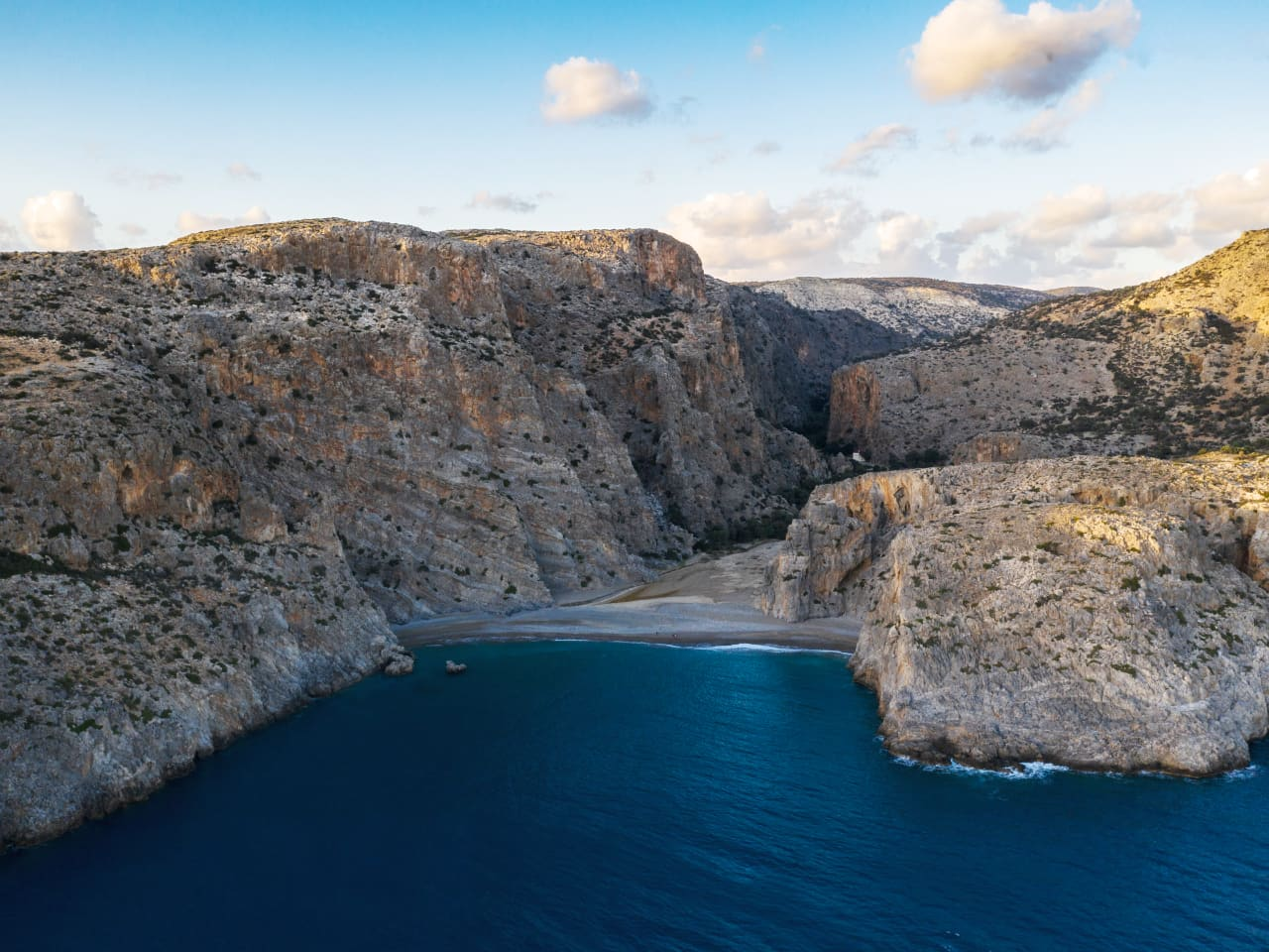 3 day rock climbing agiofaraggo Crete, agiofarago crete climbing, activities crete, south heraklion activity climbing, multi day climbing activity crete, best things to do crete, the crete you are looking for