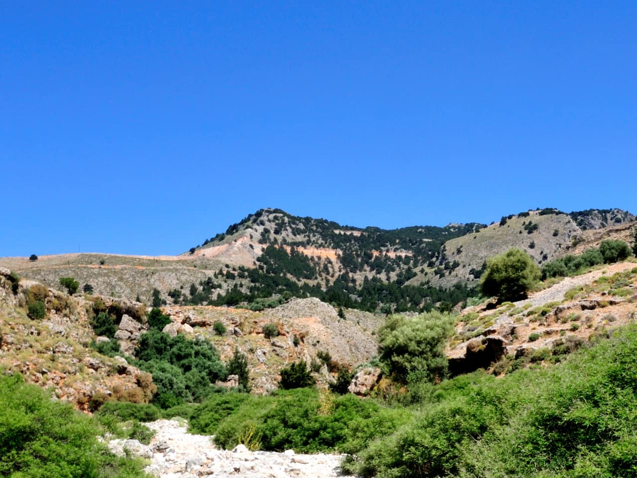 imbros gorge south chania crete, activities chania crete, hiking imbros gorge chania