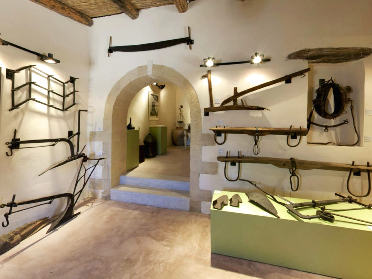 The Olive Tree Museum of Vouves, Monumental Olive Tree of Vouves, Pano Vouves olive museum, West Crete activities, best activities chania crete
