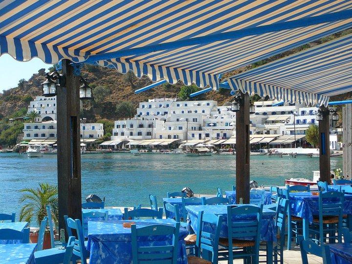 Helios restaurant loutro, ilios restaurant loutro village, best eateries loutro, loutro where to eat, things to do loutro, best restaurants loutro crete