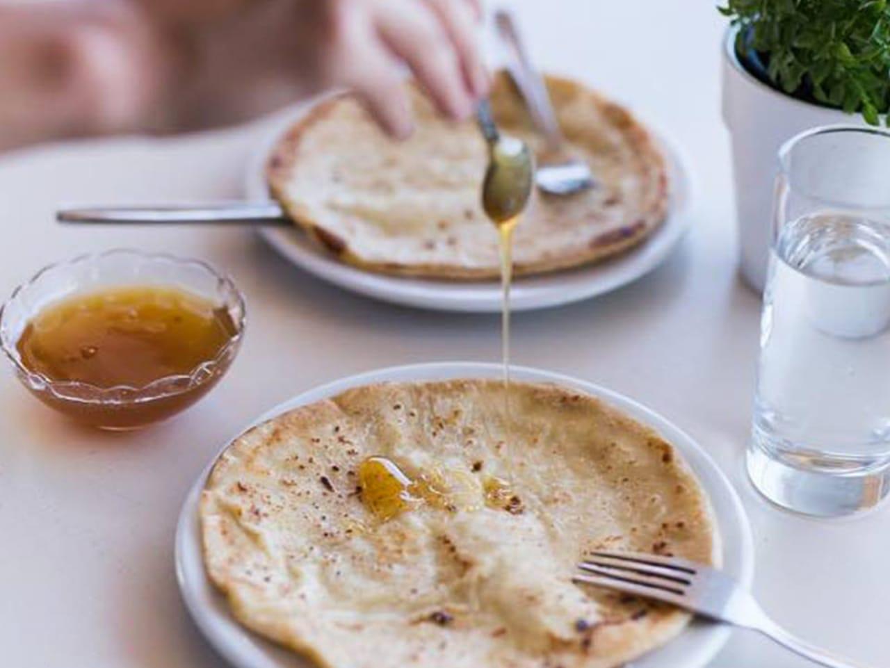lefka ori restaurant sfakia villge, chora sfakion lefka ori tavern, lefka ori restaurant sfakia chania, best restaurants sfakia village crete, where to eat sfakia village