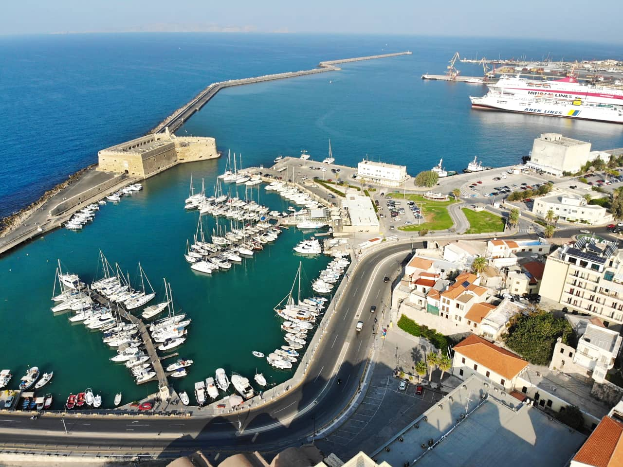 heraklion port, Heraklion travel guide, iraklion travel guide, heraklion things to do, heraklion activities, history of heraklion, museums heraklion, restaurants iraklion, events heraklion, travel tips heraklion, heraklion tours, crete travel, the crete you are looking for