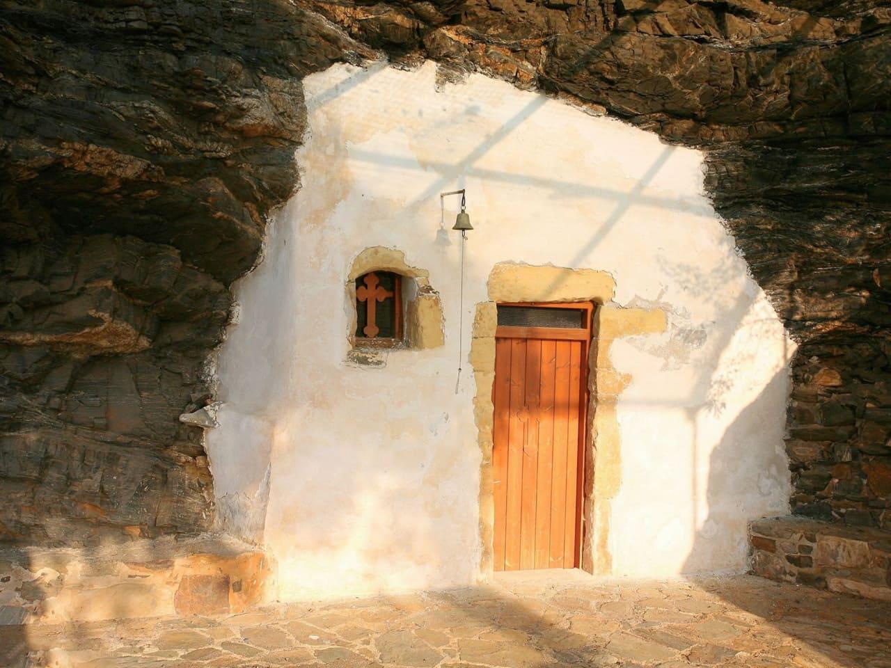 Agios Onoufrios Church Ravdoucha Beach