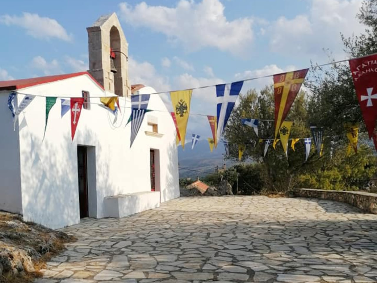 samonas traditional village, samonas village apokoronas chania crete, samonas village hotel, samonas chania crete activities, things to do samonas