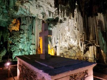 CreteTravel,Central Crete,Melidoni Cave - Gerontospilios