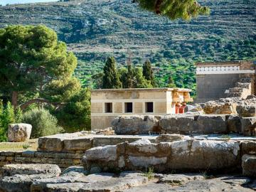 CreteTravel,Central Crete,Minoan Palace Of Knossos & Archaeological Museum of Heraklion Private Tour