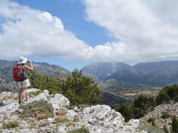 CreteTravel,West Crete,Half Day Hiking Trip At Omalos Plateau & Reikia Hills