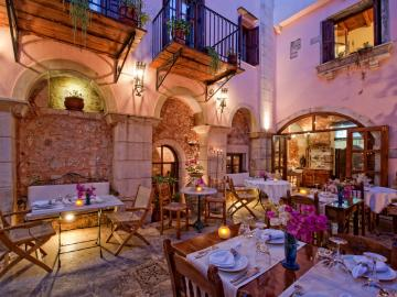 CreteTravel,Central Crete, Veneto Restaurant