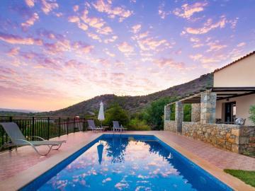 CreteTravel,Central Crete,Melidoni X Village