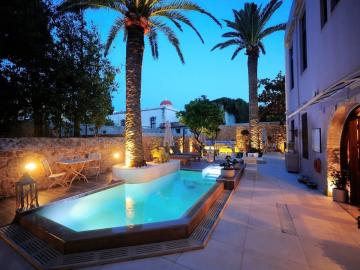 swimming pool, pepi boutique hotel rethimno, pepi boutique hotel rethymno, design hotel rethymno crete, pepi studios suites, pepi maisonettes, pepe boutique hotel, peppi stylish hotel, adults only hotel rethymno, where to stay rethimno, best place to stay rethimno