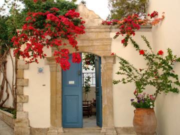 CreteTravel,Central Crete,Villa Kynthia Hotel