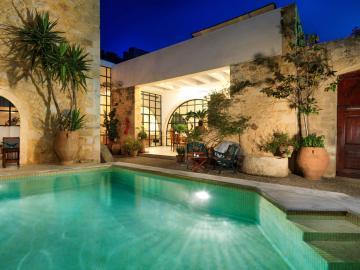 CreteTravel,Central Crete,Villa Maroulas