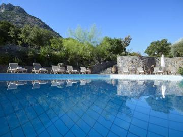 CreteTravel,Central Crete,Country Hotel Velani