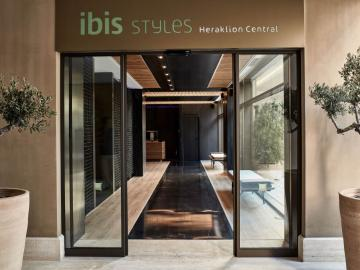 ibis Styles Heraklion Central, boutique hotel Iraklion, Where to stay Heraklion, hotel nearby centre and port, best hotels heraklion crete, accommodation heraklion crete, design hotel heraklion, hotel near centre iraklion, reasonable hotel heraklion