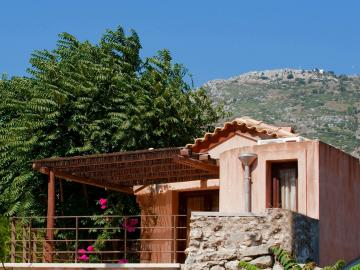 kalimera archanes village, kalimera arhanes village, restored houses hotel archanes, best place to stay archanes village, archanes accommodation, traditional houses archanes, traditional residences archanes village, archanes activities travel guide, houses nearby knossos palace