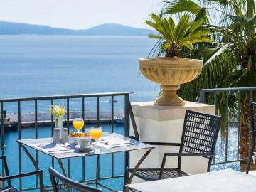 breakfast with sea views, pallazo greco stylish hotel, palazzo greco hotel agia galini, palazzo greco boutique hotel, palazzo greco resort hotel south crete, best sea view hotel agia galini, where to stay agia galini, agia galini accommodation, agia galini travel guide