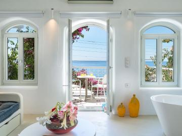 Samaria Livikon Hotel & Restaurant Chora Sfakion, samaria hotel sfakia, livikon hotel sfakia, samaria livikon restaurant sfakia, sfakia best hotel to stay, boutique hotel sfakia, no problem luxury suite chania, appartments to stay sfakia, hotel nearby sfakia port chania