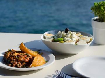 cretan food, lefka ori hotel sfakia village, lefka ori chora sfakion, sea view hotel sfakia, best hotel to stay south chania, best value for money hotel crete