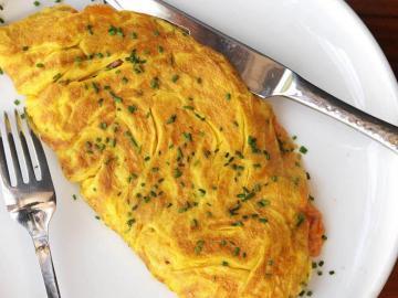 cretan omelet, lefka ori hotel sfakia village, lefka ori chora sfakion, sea view hotel sfakia, best hotel to stay south chania, best value for money hotel crete