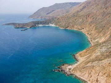 loutro village south chania crete, travel guide loutro village, where to stay loutro village, activities hiking loutro, boat triips