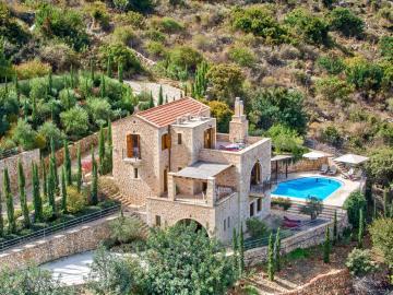 swimming pool, Villa Elia Bleverde Villas, Gavalochori Best Villas, Chania Villas Private pool, Villas nearby village chania crete, gavalohori village residences three bedrooms