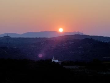 sunset kolimvari, Elia Traditional Hotel & Inn, Ano Vouves kolivmari Chania, Crete best Small hotels, elia hotel spa, bed and breakfast in mountains, eco friendly hotel crete, small inns chania crete